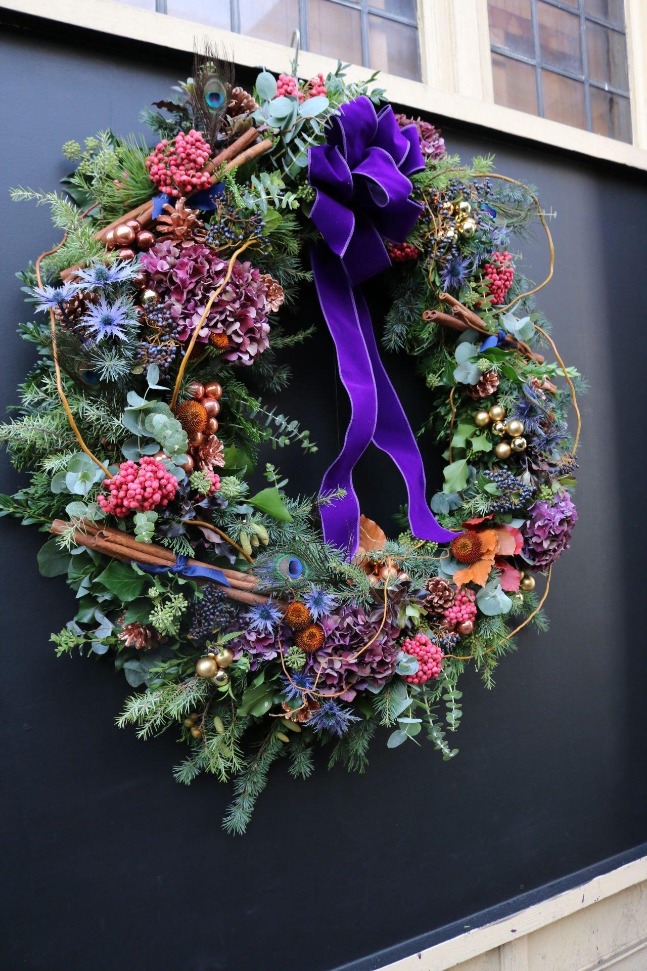 Christmas Wreath Ideas.Christmas Wreath Making Workshop Beckenham Place Mansion